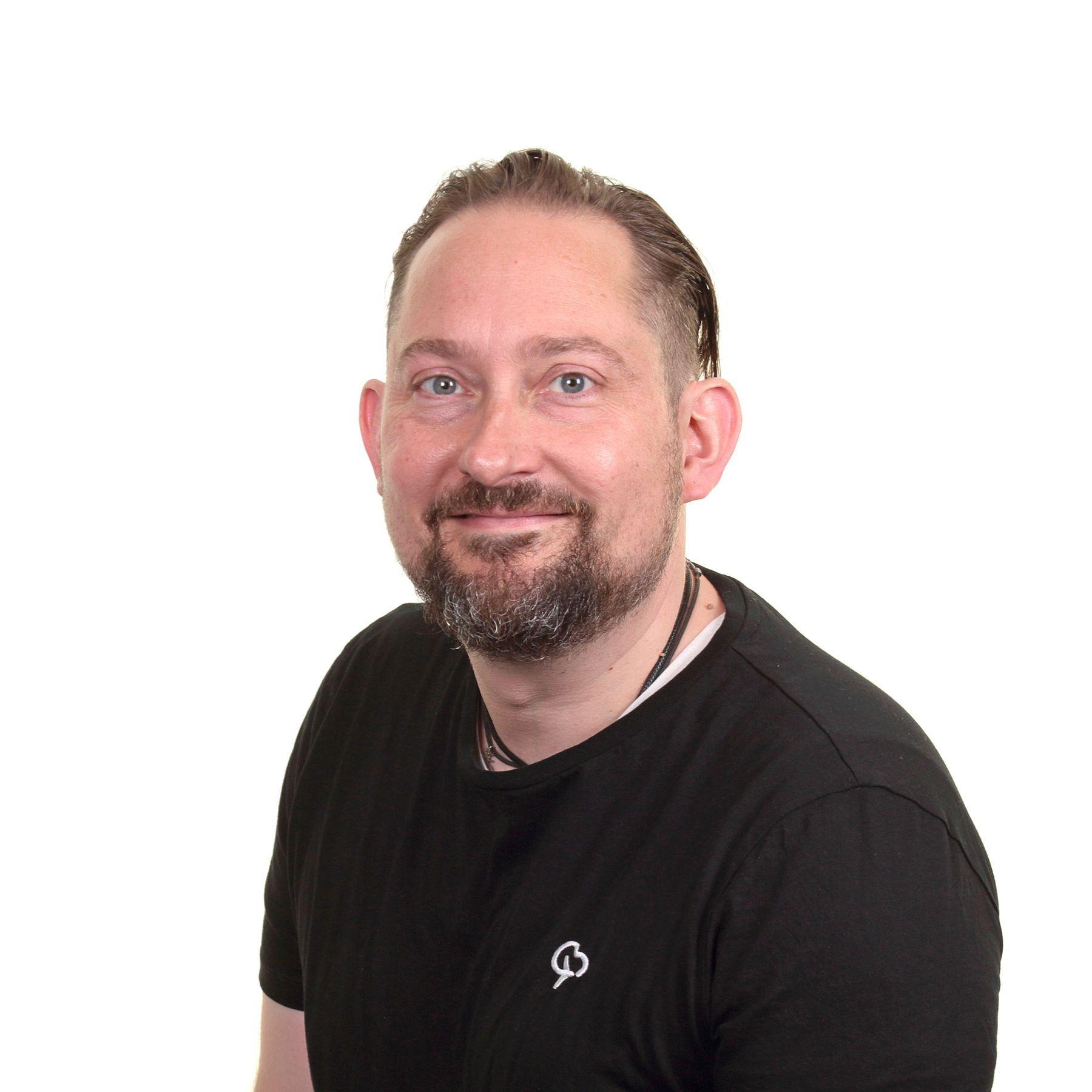 Photo of Dan Bond